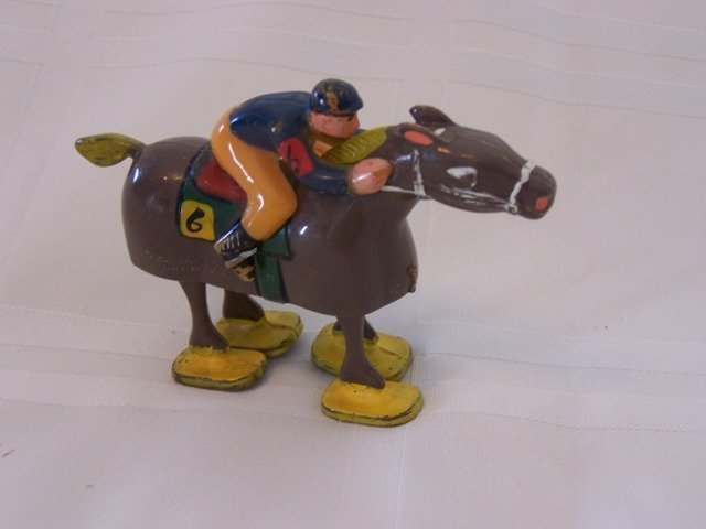 43: Ramp Walkers  Vintage Marx Plastic Toy Horse Racing