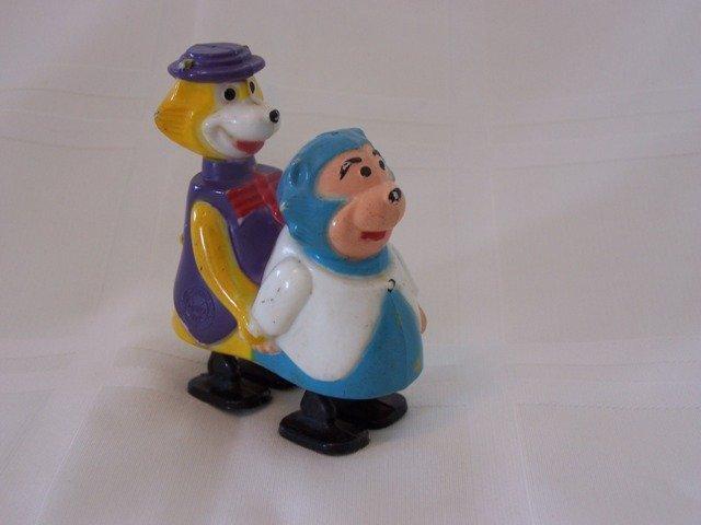 44: Vintage Marx Plastic Toy Ramp Walkers