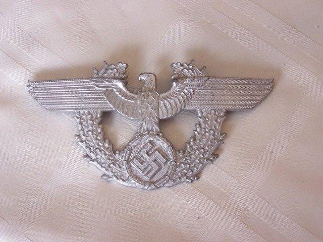 82: WW11 Nazi Police Hat Badge