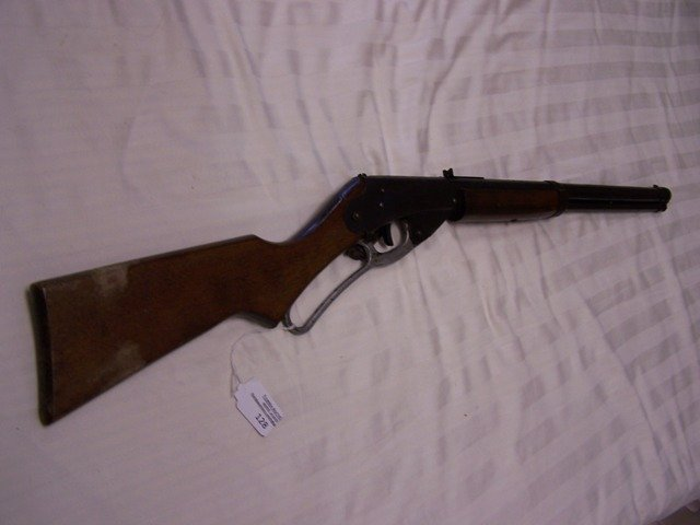 128: Daisy Red Ryder Carbine No 111 Model 40 BB Gun