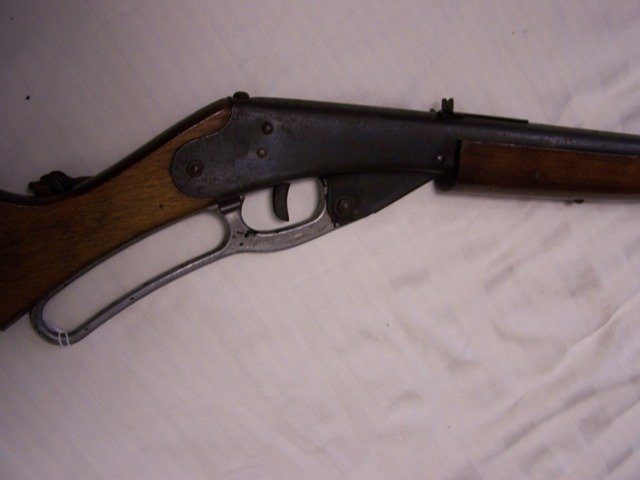 128: Daisy Red Ryder Carbine No 111 Model 40 BB Gun - 7