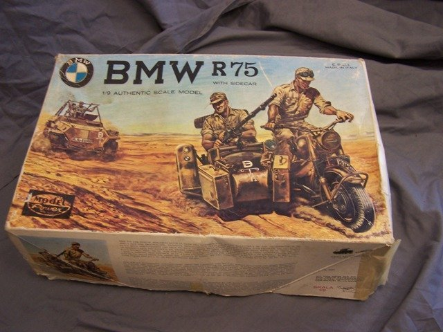 ESCI Italy 1/9 Scale Model Kit BMW R75 Motorcycle