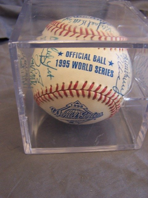 Atlanta Braves 1995 World Series Team  Signed Ball