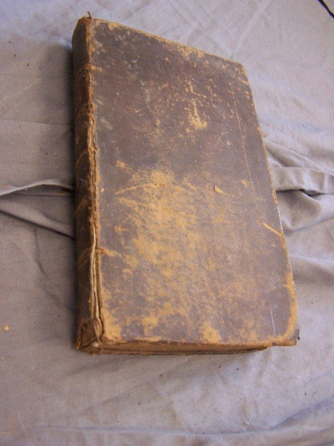 1758 6 edition Robinson Crusoe Book