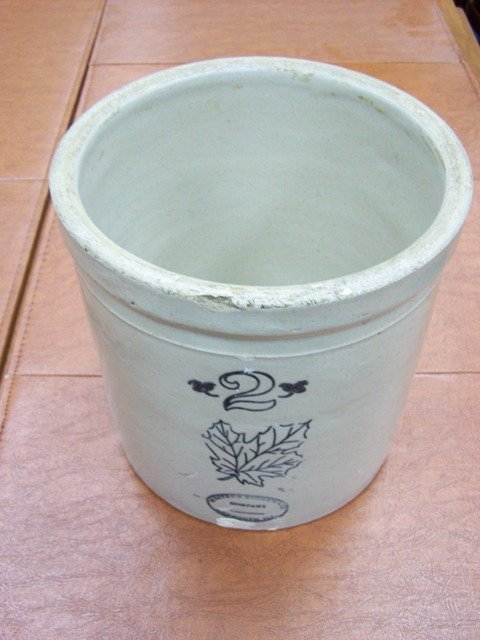 Western Stoneware 2 Gallon Crock Monmouth Illinois