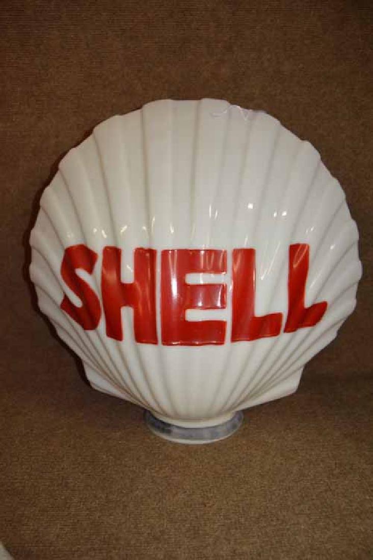 Shell Figural Gas Pump Globe