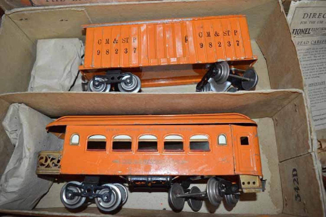Lionel Standard Gauge 5 Piece Train Set No. 352T - 5