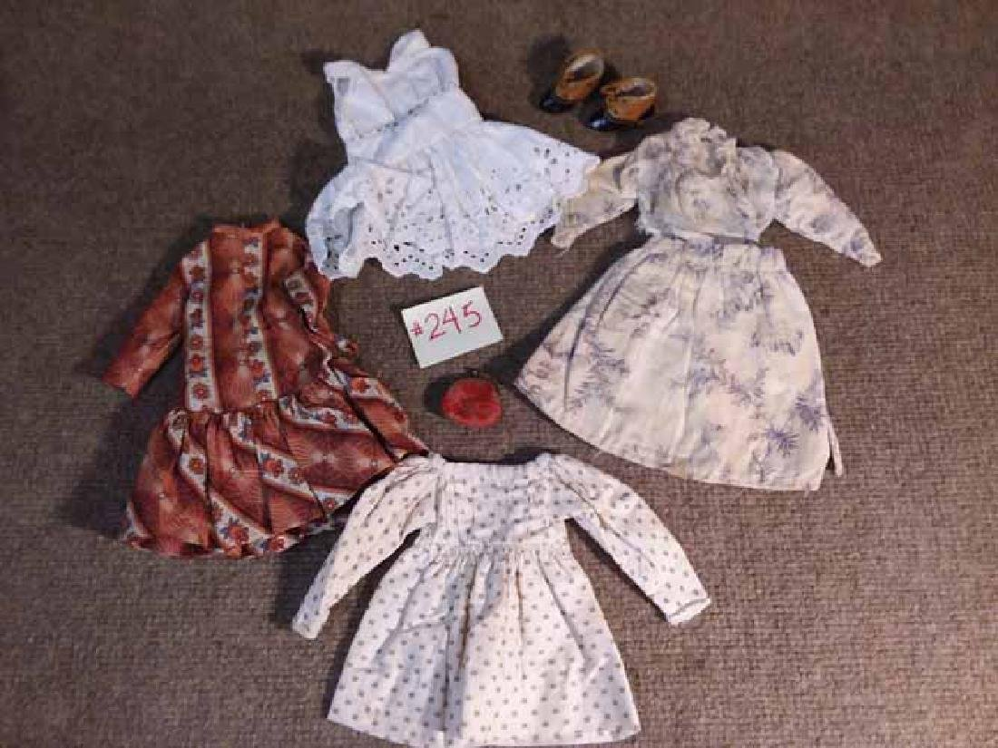 "GRP OF CLOTHING TO FIT APPROX 8""-10"" DOLLS"