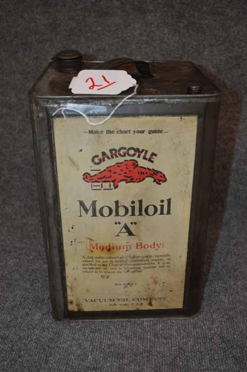 MOBILOIL CAN