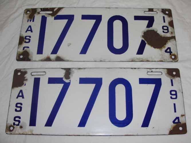 23: (2) Massachusetts 1914 Porcelain License Plates