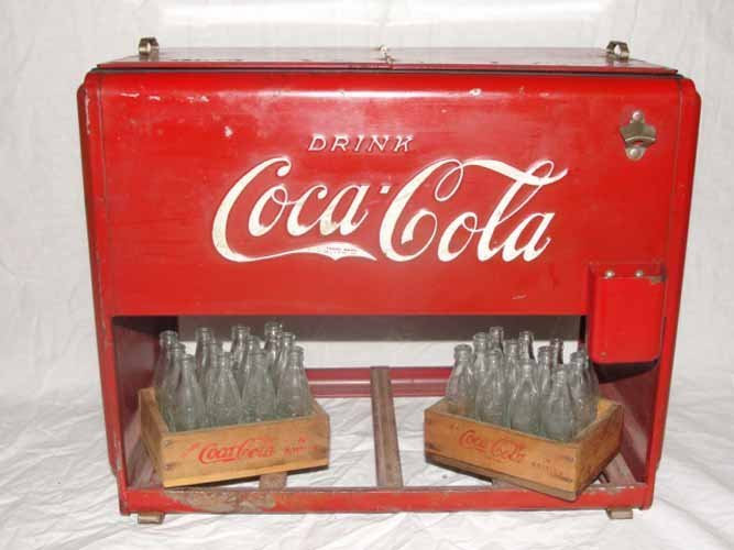 32: 1939 Salesman Sample Coca Cola Cooler