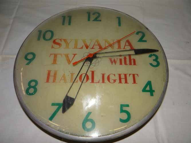 Sylvania TV Clock