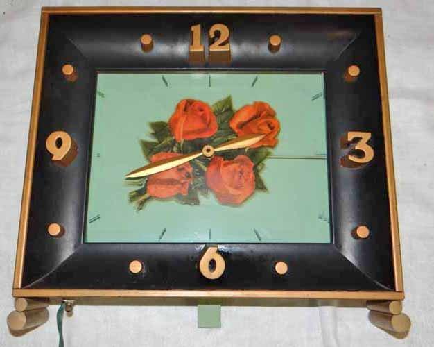 """Four Roses"" Light Up Clock (Works)"