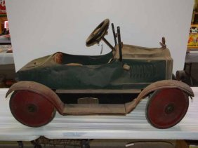 Gendron Packard Pedal Car