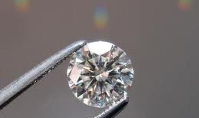 11: Diamond --0.91 Ct.- SI2 - J