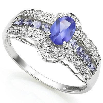21: Stunning Tanzanite & Diamond Gold ring