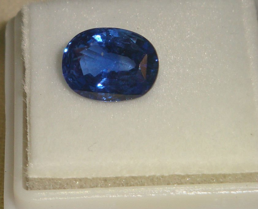 Top notch Burma Blue Sapphire 2.99 ct - No Treatment - 2