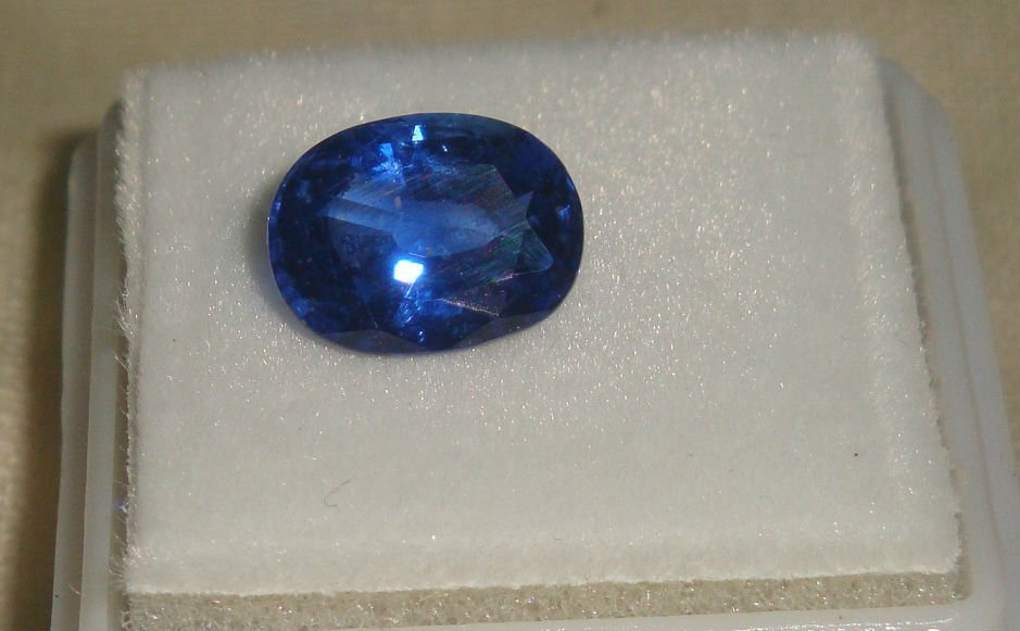 Top notch Burma Blue Sapphire 2.99 ct - No Treatment
