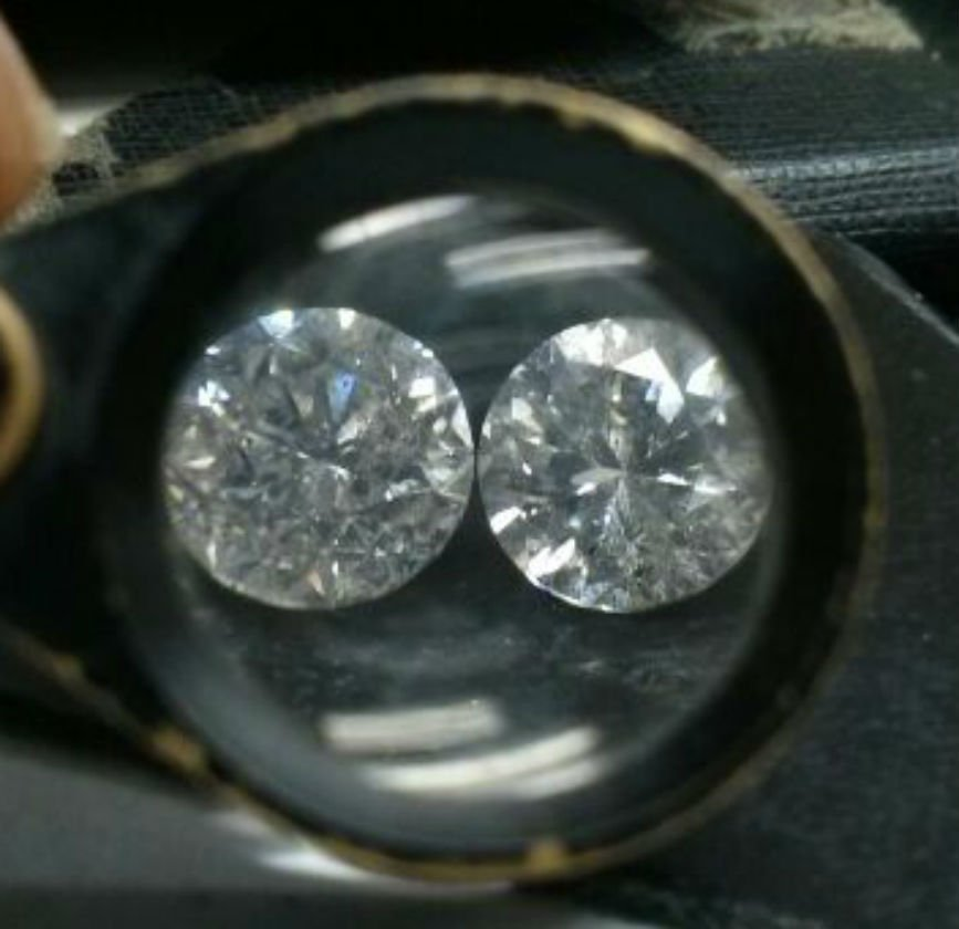 Diamond pair 1.55 ct - SI2/G