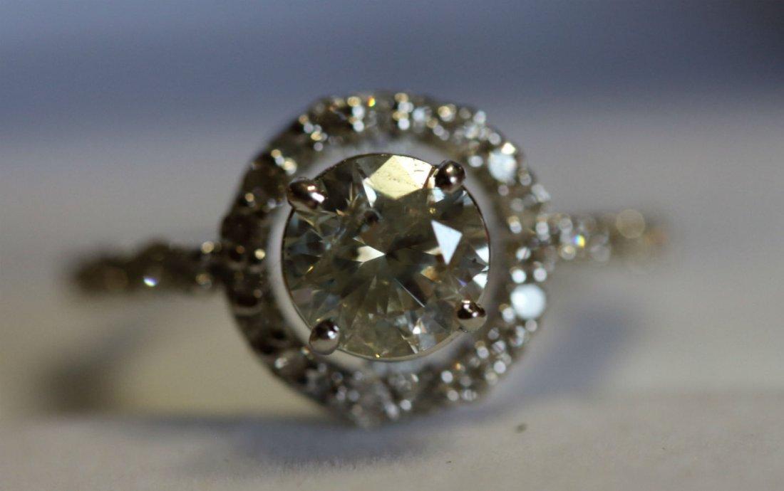 Stunning Diamond 1.30 ct  & Solid Gold Ring