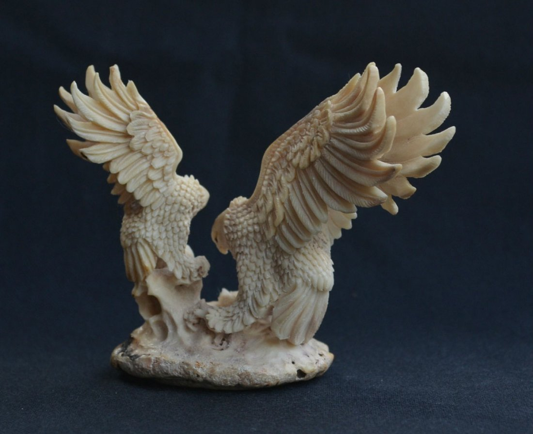 Hand carved mamma Eagle & baby Eagle Carving - 4
