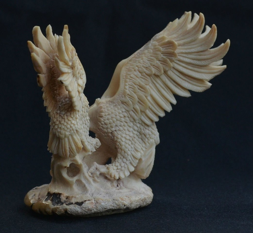 Hand carved mamma Eagle & baby Eagle Carving - 5