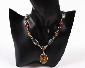 Amber Pendant Necklace & Earring Set