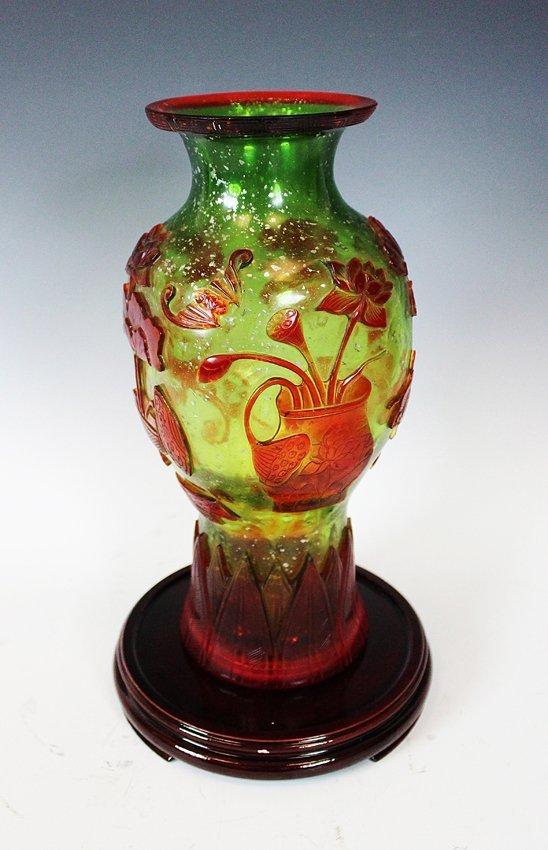 17: GLASS VASE