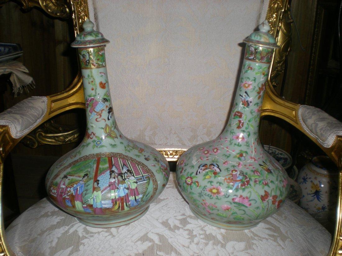 4: 2 Vases Canton
