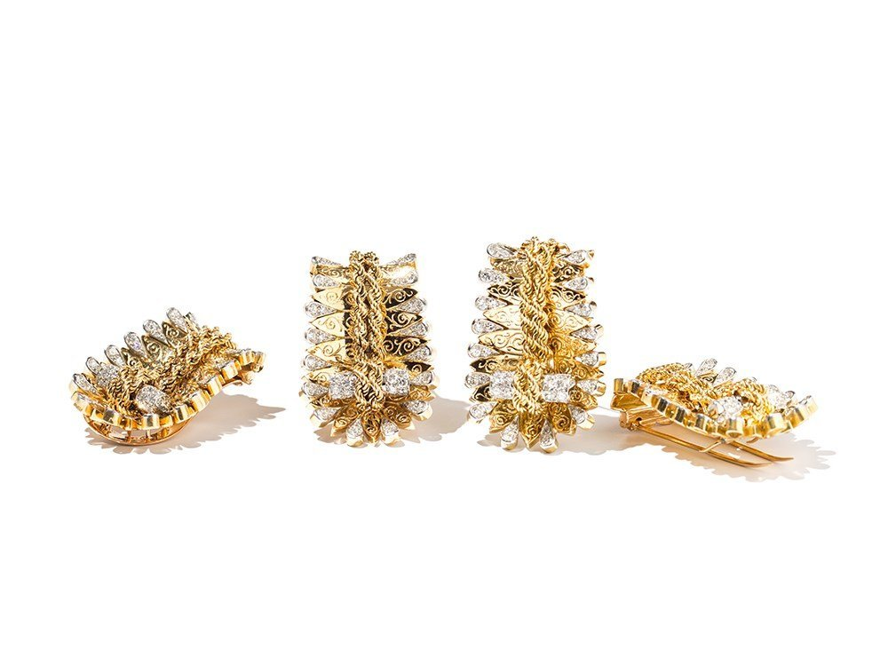 Van Cleef&Arpels, Set of Gold and Diamond Dress Clips,