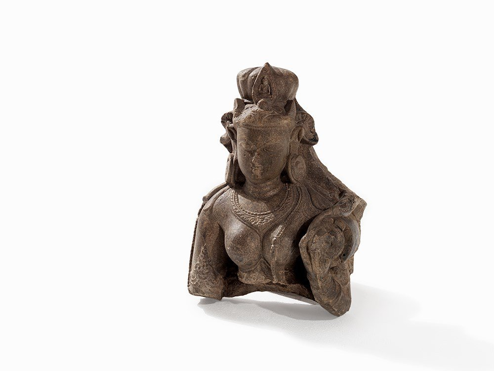 Sandstone Bust of a Tara, 10th-11th C.