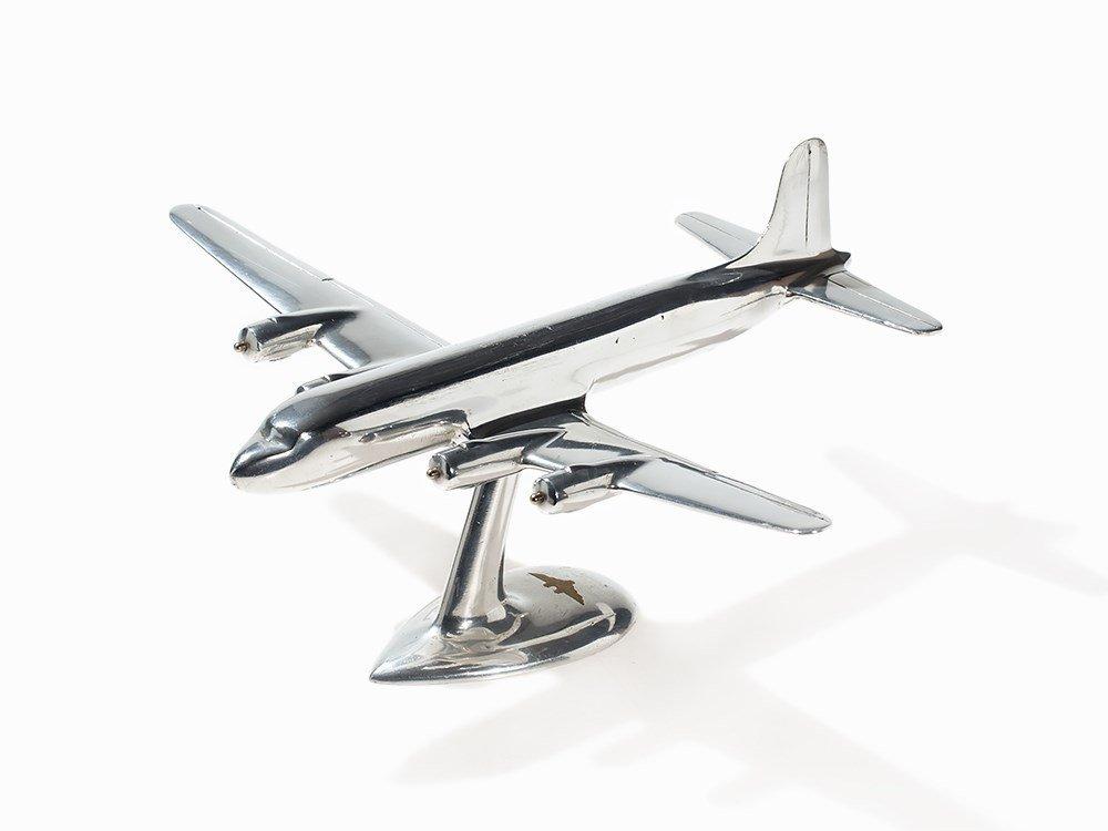 Airplane Model in Sleek Design, England, c. 1950s