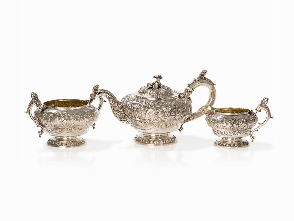 Silver 3-Piece Tea Set with Chinoiserie, London, 1820