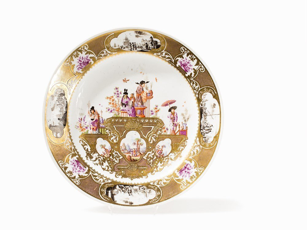 Meissen Plate with Chinoiserie after Hoeroldt, Germany,