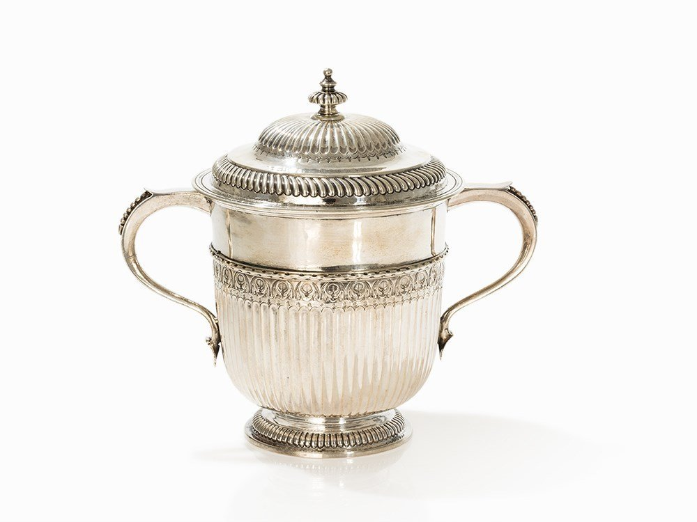 William III Silver Porringer and Cover by R. Syng,
