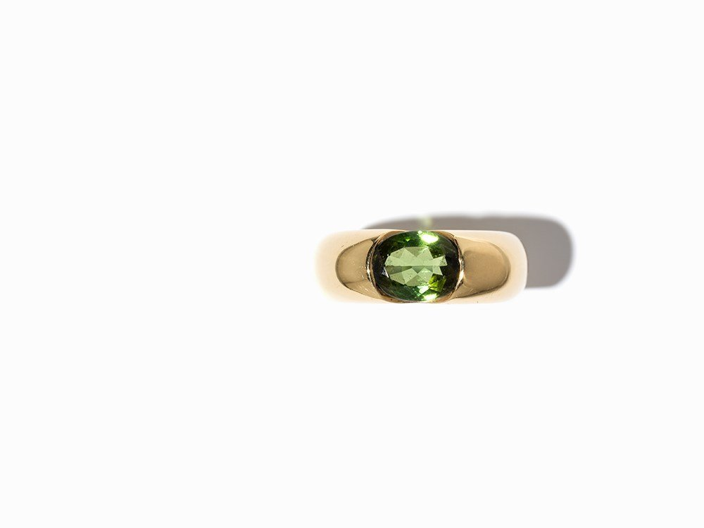 Cartier Solitaire Peridot Ring 'Ellipse', 18 K Gold, - 3