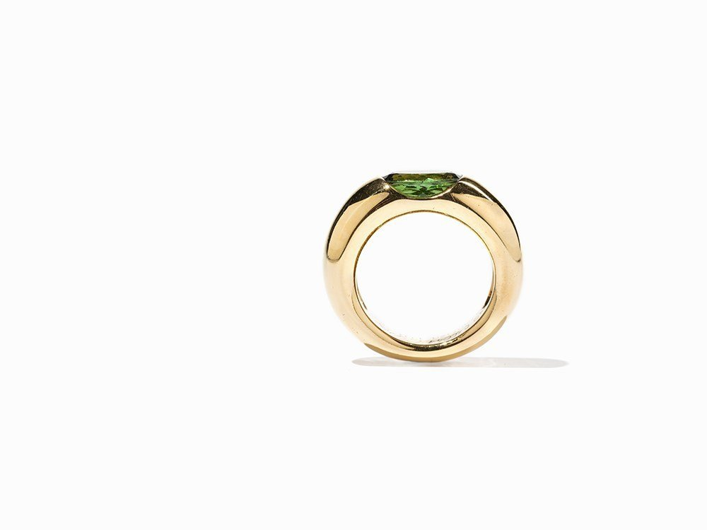 Cartier Solitaire Peridot Ring 'Ellipse', 18 K Gold, - 4