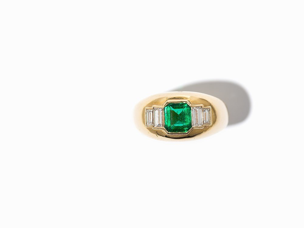 Cartier Emerald Ring with Diamonds, 18K Yellow Gold, c. - 4