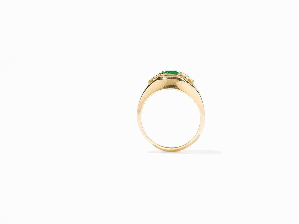 Cartier Emerald Ring with Diamonds, 18K Yellow Gold, c. - 5
