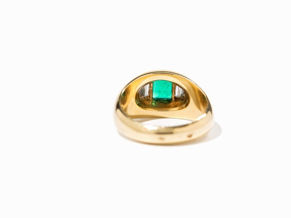 Cartier Emerald Ring with Diamonds, 18K Yellow Gold, c. - 7