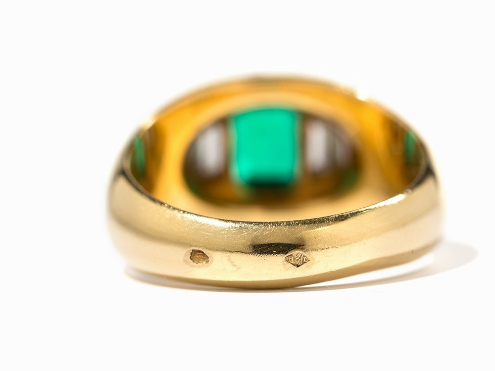 Cartier Emerald Ring with Diamonds, 18K Yellow Gold, c. - 8