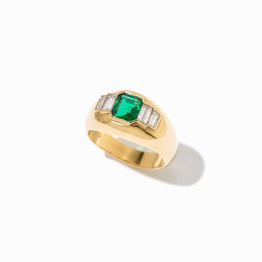 Cartier Emerald Ring with Diamonds, 18K Yellow Gold, c. - 9