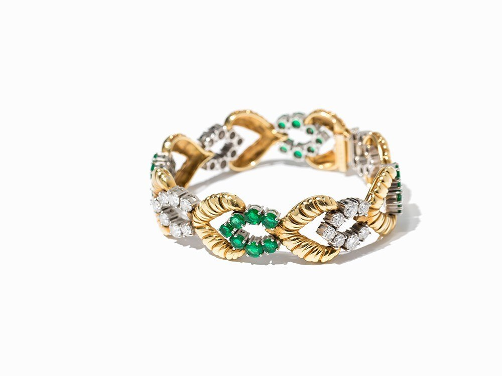 Van Cleef & Arpels Gold Bracelet with Emeralds and
