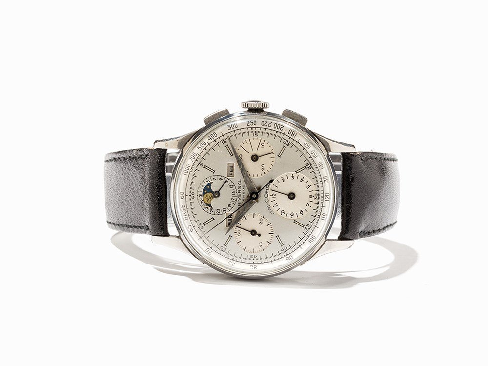 Universal Tri-Compax Chronograph, Ref. 22502, Around