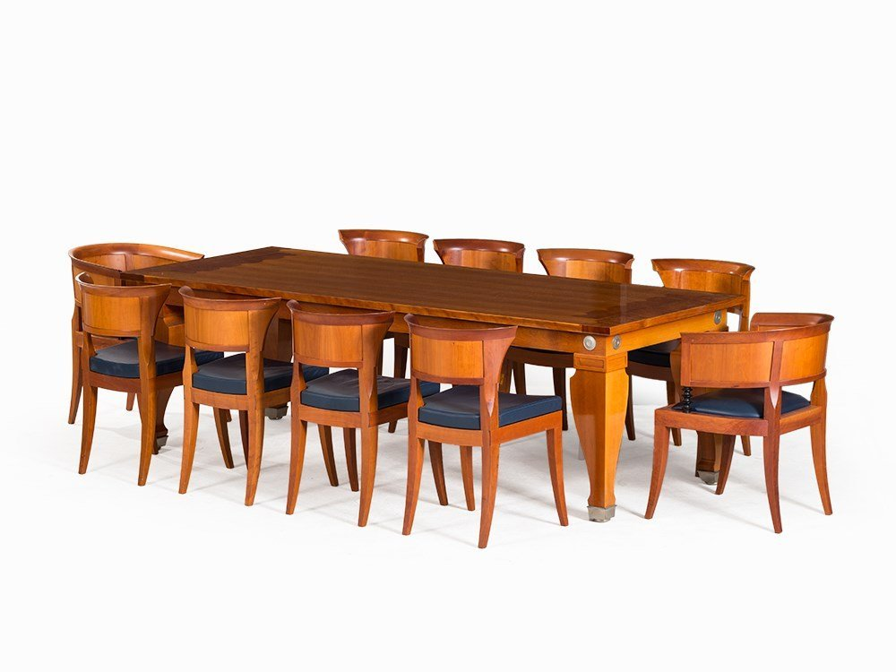 Léon Krier, Dining Table with 10 Chairs, Giorgetti,