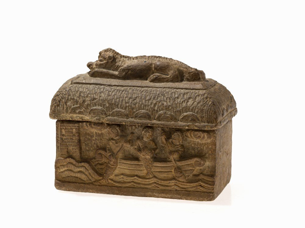 Gothic Reliquary Casket with Lid, South France,