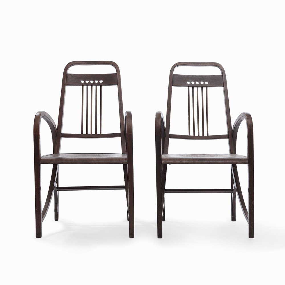 Two Armchairs by Thonet, Model No. 511, Austria, 1904 - 7