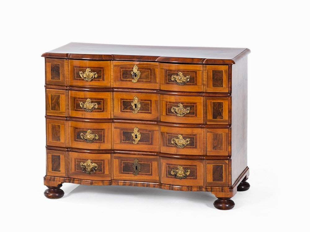 Baroque Chest of Drawers, Walnut, Thuringia, mid-18th