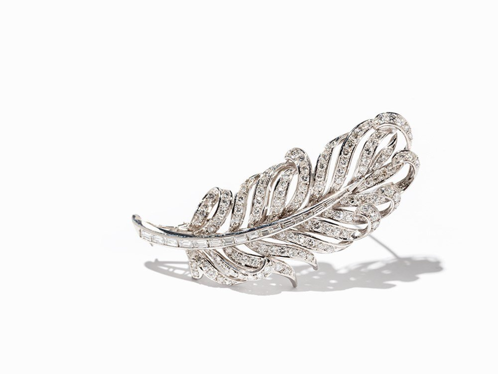 Astor Brooch in the Shape of a Feather with Diamonds,
