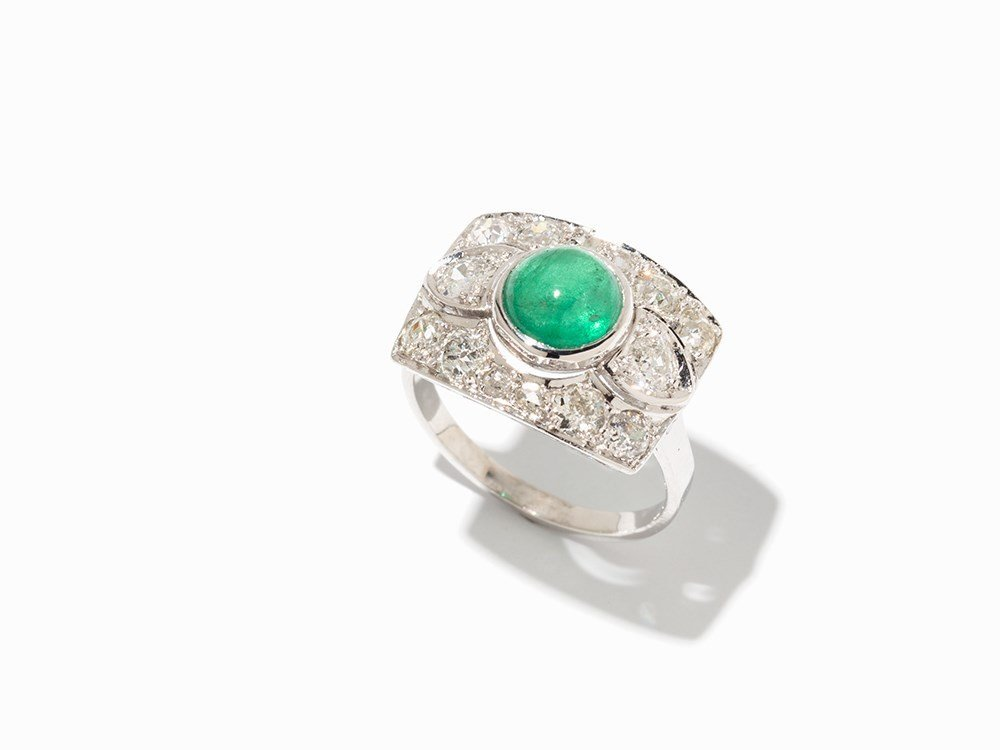 Emerald Ring with 10 Old Cut and 4 Rose Cut Diamonds,